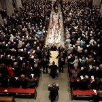 رؤساء أمريكيون سابقون يشاركون في جنازة باربرا بوش