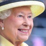 فيلم وثائقي يظهر النكات والدعابة في شخصية الملكة إليزابيث