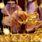 الذهب قرب أقل سعر في 5 سنوات بفعل صعود الدولار وعوائد السندات