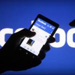 الاتحاد الأوروبي يزيد الضغط على وسائل التواصل الاجتماعي لوقف الأخبار الكاذبة