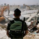 الاحتلال الإسرائيلي يهدم منزلاً برام الله ومدرسة في الخليل