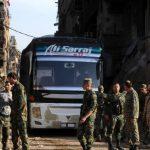 المسلحون يواصلون تسليم أسلحتهم تمهيداً للخروج من وسط سوريا