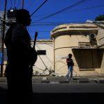 الشرطة الإندونيسية تكشف تفاصيل الهجوم الانتحاري في سورابايا