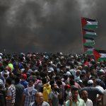9 شهداء و512 مصابا في المواجهات الدامية على حدود غزة