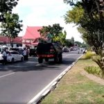 شرطة إندونيسيا تقتل 4 رجال بعد هجومهم على مقر لها بسيوف الساموراي