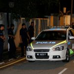 محام: تفتيش شرطة ماليزيا لمنزل عبد الرازق يتعلق بغسل أموال ولا اعتقالات