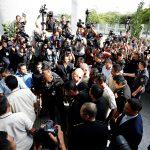 شرطة ماليزيا تعثر على 28.6 مليون دولار خلال حملة تفتيش لمكافحة الفساد