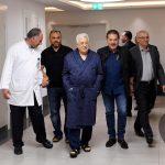 تمديد إقامة الرئيس عباس في المستشفى