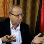 نائب فتحاوي: عدم تنفيذ قرار الرئيس عباس بصرف رواتب موظفي غزة انقلاب