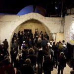 عشرات الإصابات في نابلس جراء اقتحام المستوطنين «مقام يوسف»