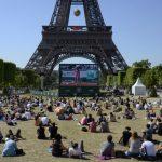 فرنسا تحظر تجمعات المشاهدين أمام الشاشات الكبيرة خلال كأس العالم