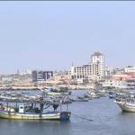 فيديو| طلقات تحذيرية من الزوارق الحربية الإسرائيلية باتجاه سفينة الحرية