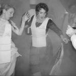 صور| أديل تحتفل بعيد ميلادها الـ 30 على متن السفينة تايتنيك