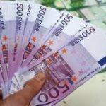 اليورو يواصل مكاسبه مع انحسار زخم الاتجاه الصعودي للدولار
