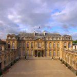 الإليزيه: فرنسا ترغب في حماية مصالح الشركات بإيران