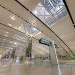 سلطنة عمان تمدد إغلاق مطار صلالة السبت بسبب عاصفة