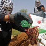 طائرات إسرائيلية تجدد استهدافها لمطلقي الطائرات الورقية