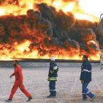 إغلاق ميناء السدر الليبي بسبب اشتباكات وحريق بصهريج في رأس لانوف