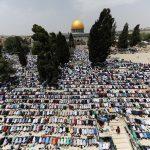 فيديو| ربع مليون فلسطيني يؤدون الجمعة الثالثة من رمضان بالأقصى