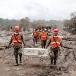 مقتل 17 على الأقل في تصادم حافلة وشاحنة في شرق جواتيمالا