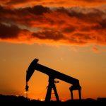 مخزونات النفط الأمريكية تهبط حوالي 10 ملايين برميل الأسبوع الماضي