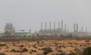 مصدر عسكري: قوات الجيش الليبي تستعيد السيطرة على ميناء السدرة النفطي   قناة الغد