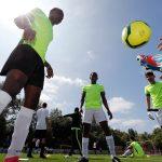 مئات اللاجئين يشاركون في بطولة لكرة القدم في بلجيكا