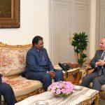 الرئيس المصري يستقبل رئيس المخابرات السوداني