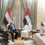 محمد بن زايد والرئيس اليمني يبحثان سبل تعزيز العلاقات المشتركة