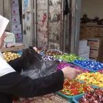 فيديو  أجواء حزينة قبيل العيد بسبب تردي الأوضاع الاقتصادية بغزة