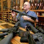 الأمريكيون يملكون نحو نصف الأسلحة التي يحوزها المدنيون في العالم