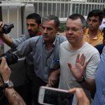 القضاء التركي يرفض رفع الإقامة الجبرية عن القس الأميركي المحتجز