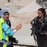 اتحاد التلفزيونات الفلسطينية: استهداف الصحفيين في الخان الأحمر عنصرية من الاحتلال