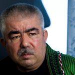 أمير الحرب السابق عبد الرشيد دستم يعود إلى أفغانستان لإنقاذ معقله