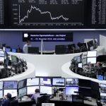 الأسهم الأوروبية تواصل خسائرها مع هبوط فيات ورايان إير