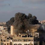 تجدد التصعيد بين قطاع غزة وإسرائيل مع إطلاق صواريخ والرد بغارات