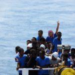 لوفيجارو: أزمة الهجرة سمّ بطيء بالنسبة لأوروبا