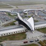 إغلاق مدرج مطار ليون في فرنسا مؤقتا بسبب ملاحقة الشرطة لسيارة