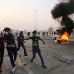 مقتل محتج وإصابة 25 في اشتباكات مع قوات الأمن في البصرة بالعراق