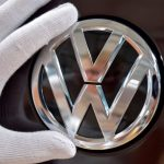 تلاعب فولكسفاجن باختبارات الانبعاثات شمل أيضا سيارات تعمل بالبنزين