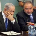 نتنياهو يتوعد حماس بتلقى الضربة القاضية إذا لم توقف مسيرات العودة