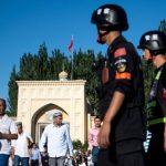 مئات الباحثين ينددون بمعسكرات اعتقال مسلمي الإيغور في الصين
