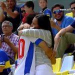 لاعب كرة يصاب ثم يخسر المباراة.. لكنه يربح زوجة المستقبل
