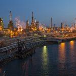 السعودية تحاول إقناع روسيا بالانضمام إلى تخفيضات إنتاج النفط