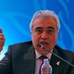 مدير وكالة الطاقة يحث منتجي النفط على تهدئة المخاوف بشأن الإمدادات