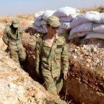 الفصائل المعارضة ترابط في المنطقة العازلة بإدلب رغم انتهاء مهلة انسحابها
