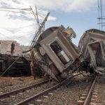 مقتل 6 على الأقل في خروج قطار عن القضبان بالمغرب