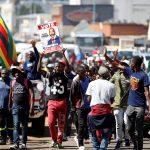 احتجاجات في زيمبابوي بسبب الانهيار الاقتصادي