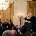 سجال مع ترامب ينتهي بحرمان مراسل سي إن إن من دخول البيت الأبيض