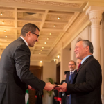 العاهل الأردني يعتمد سفير مصر شريف كامل